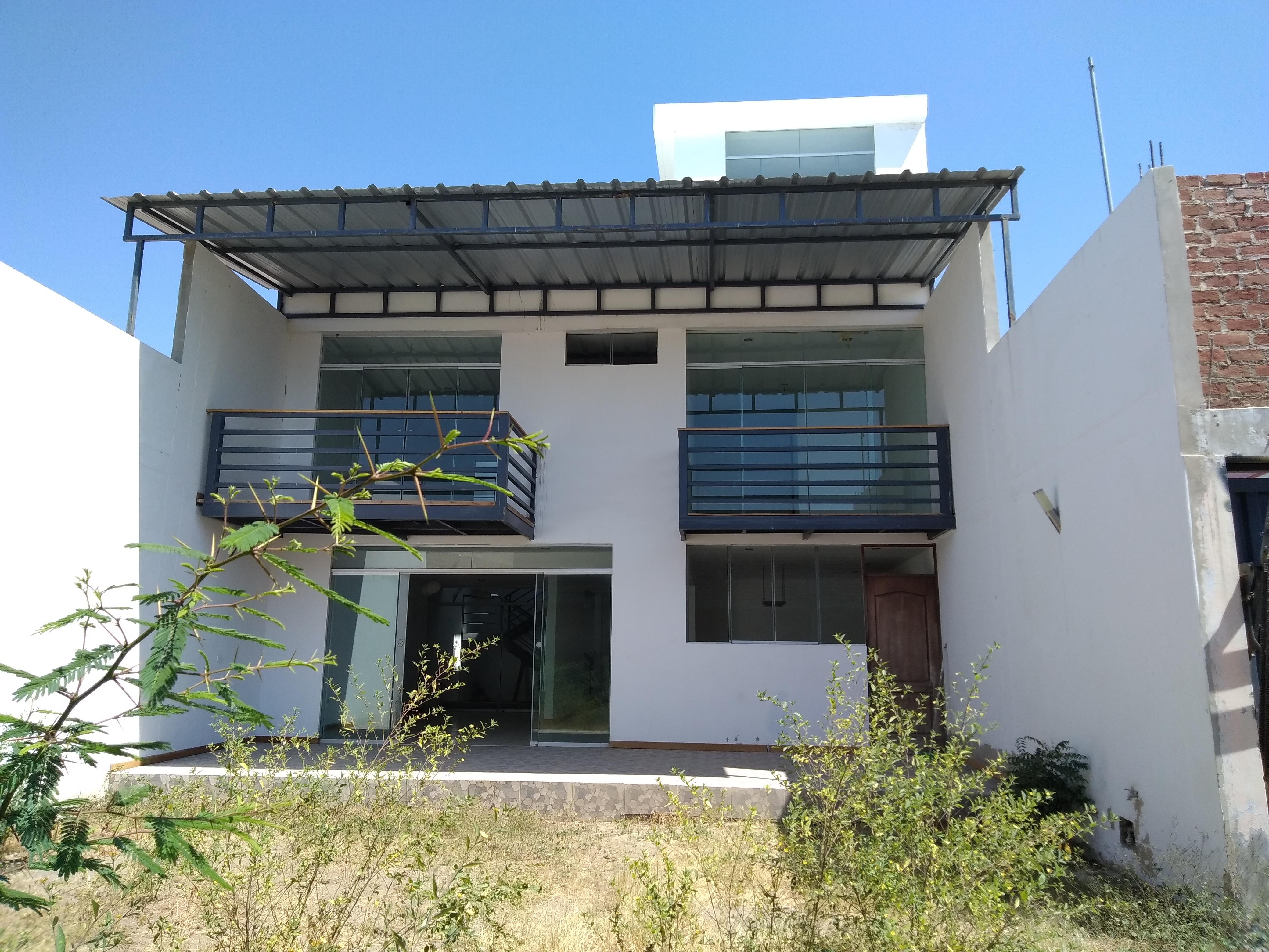 Venta de casa en piura piura goplaceit for Inmobiliaria 3 casas