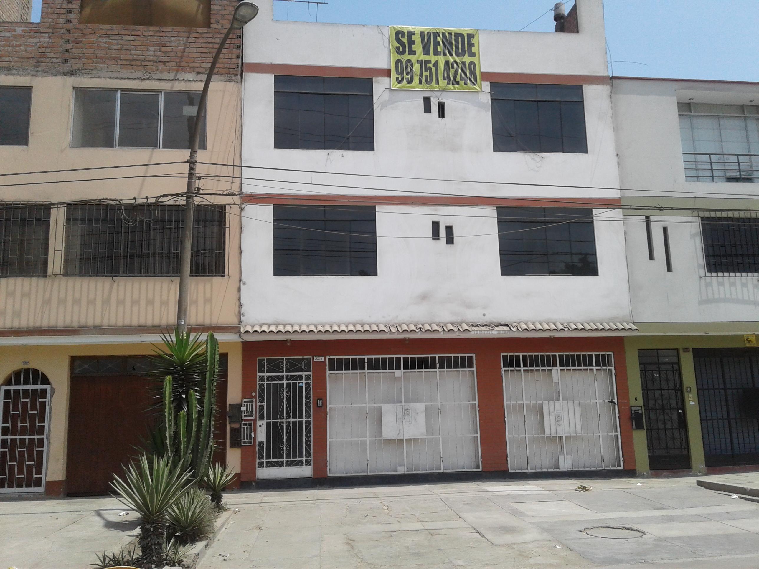 Casa En Venta En Los Olivos Lima Goplaceit