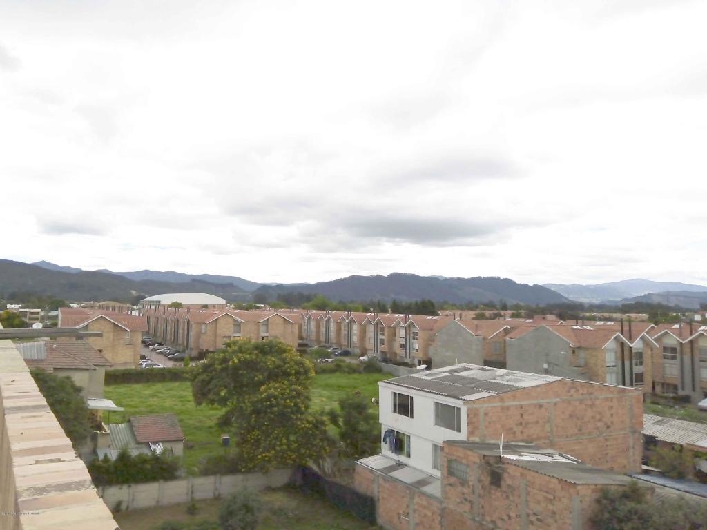 Apartamento en Chia 108848, foto 1