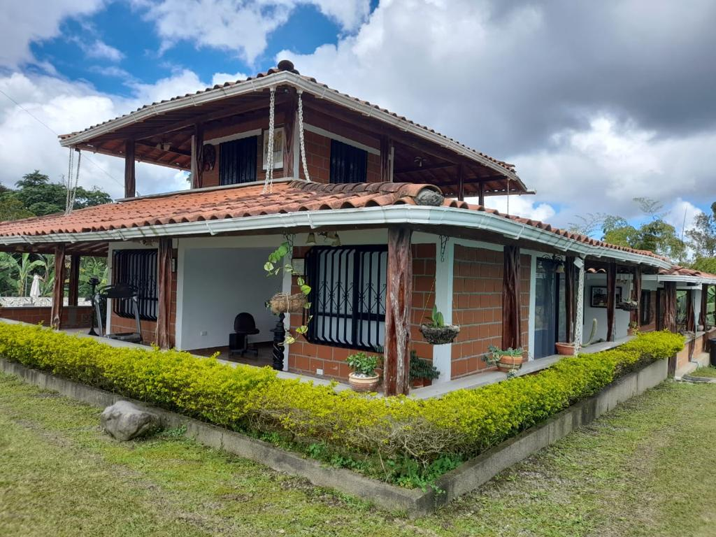 Casa en Circasia 109642, foto 6
