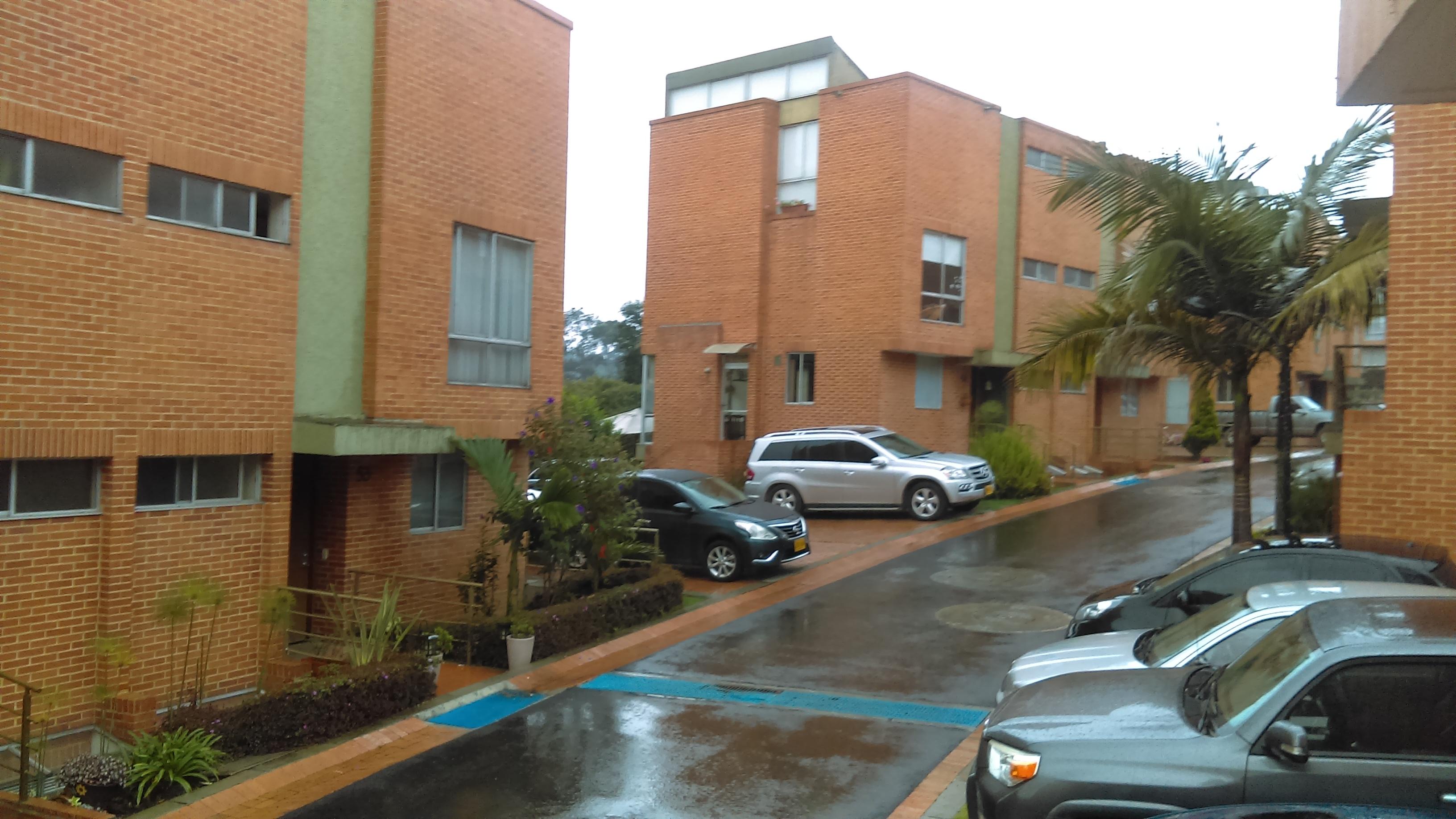 Casa En Arriendo En Suba Bogot Goplaceit # Muebles Suba Bogota