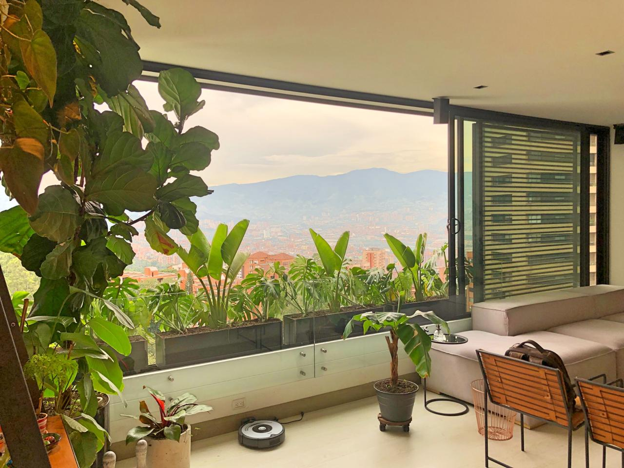 Property - image - UNIQUE ONE-BEDROOM STUDIO IN EL POBLADO