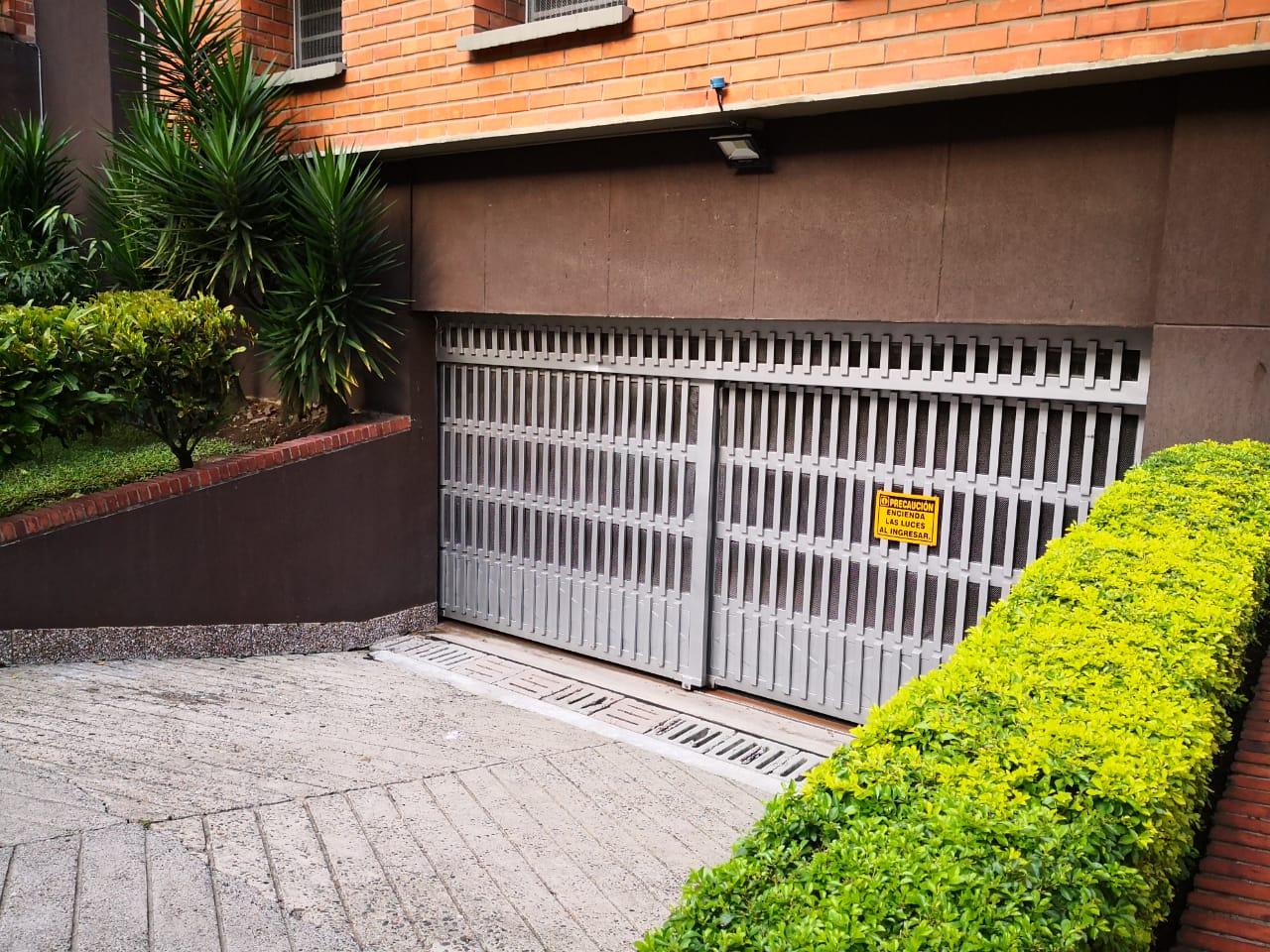 Oficina en Medellin 131698, foto 2