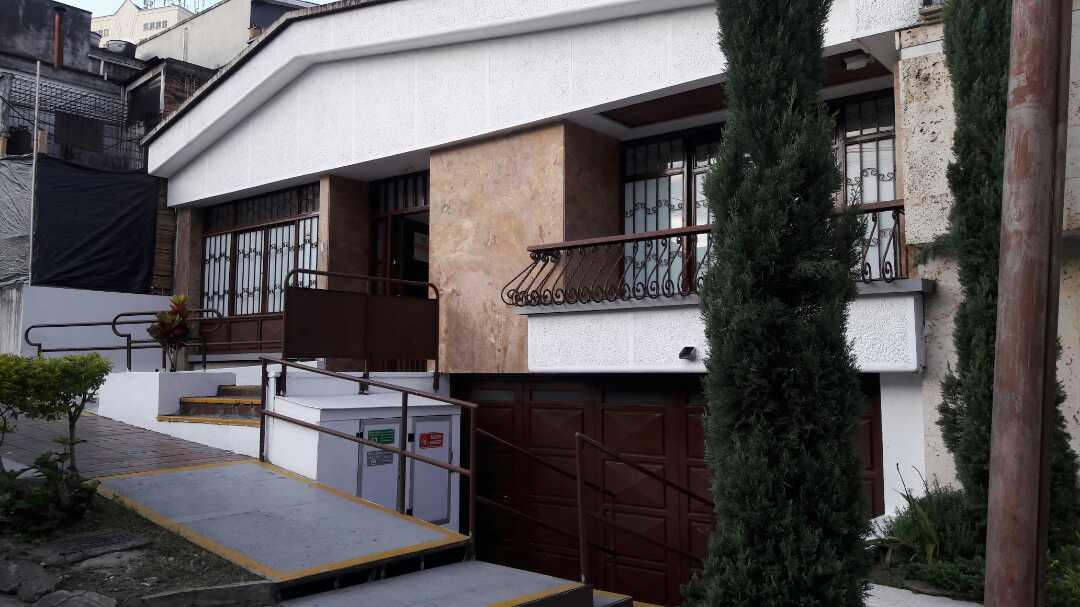 Oficina en Armenia 92426, foto 0