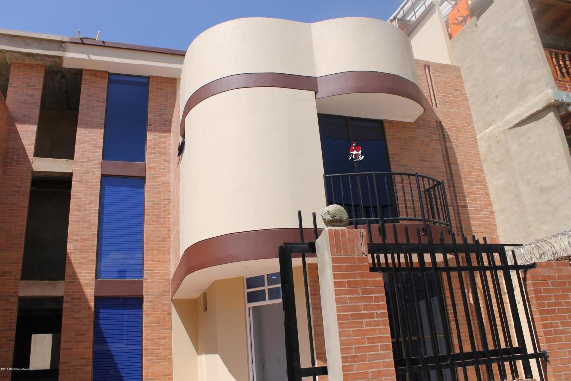Casa en Cajica 105393, foto 1