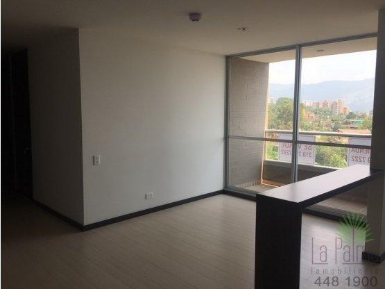 Apartamento en Arriendo en La Estrella. 3 habitaciones, 80 m2