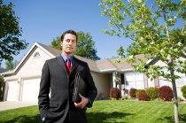 la presentacion de un asesor inmobiliario