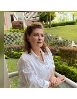 Claudia María